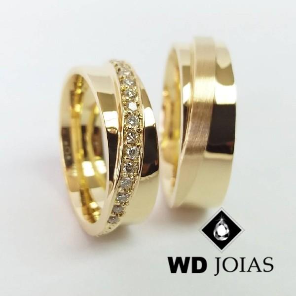 Alianças de Casamento Ouro Polidas e Fosca 7mm 16g WD8815