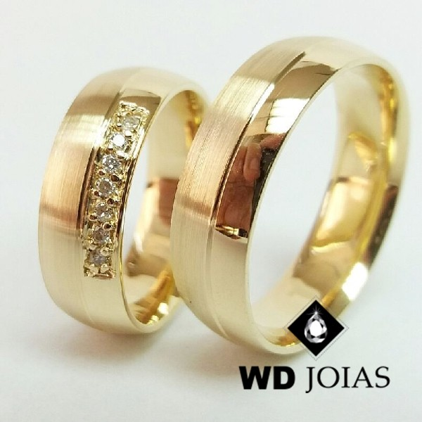 Alianças de Casamento Ouro Polidas e Fosca 7mm 16g WD8825