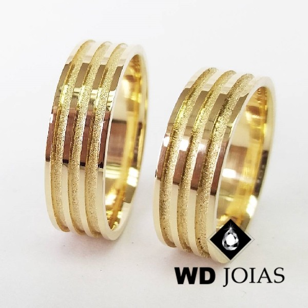 Alianças de Casamento Ouro Polidas e Fosco 8mm 20g WD8794