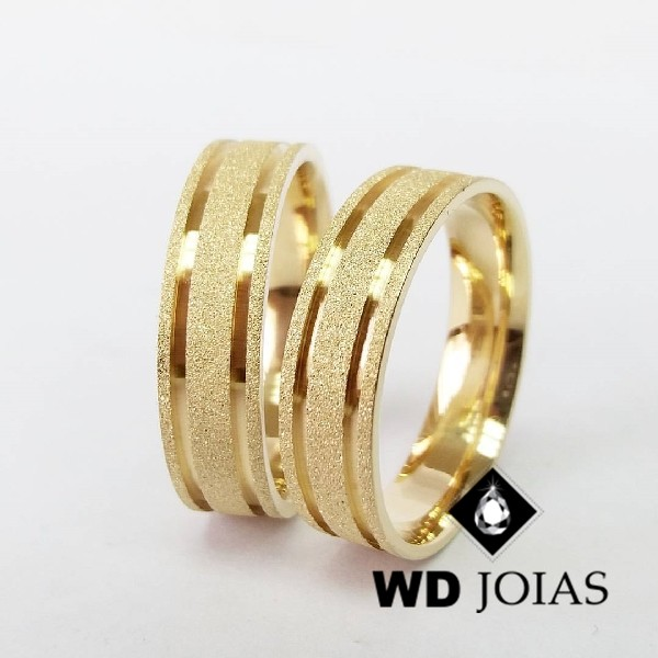 Alianças de Casamento Ouro Quadrada Diamantada 14g WD8804