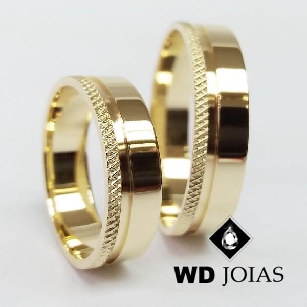 Alianças de Casamento Ouro Quadrada Polida 7mm 16g WD8785