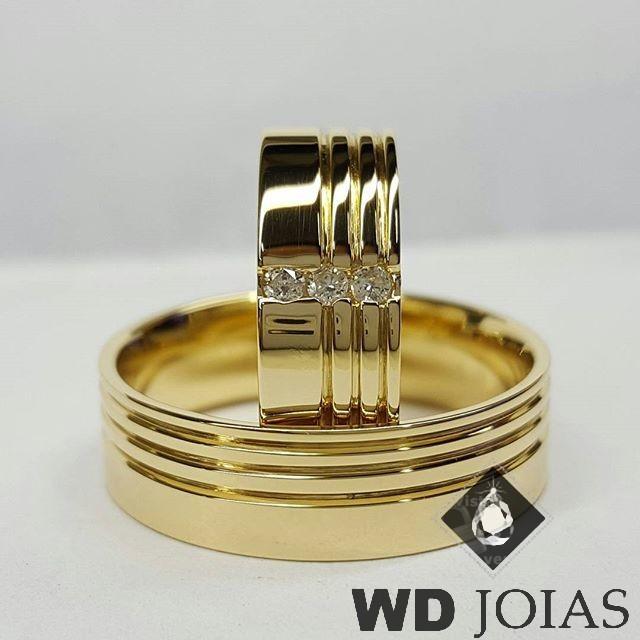 Alianças de Casamento Ouro Quadrada Polidas 8mm 17g WD8841