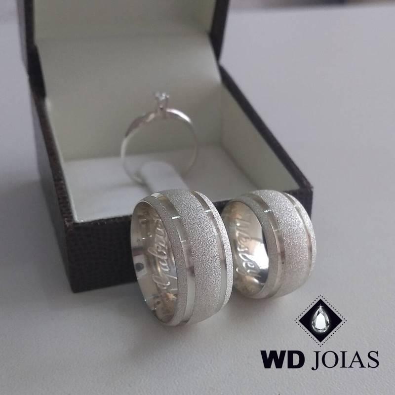 Alianças Namoro Prata Polida e Diamantadas 10mm 20g MJP39