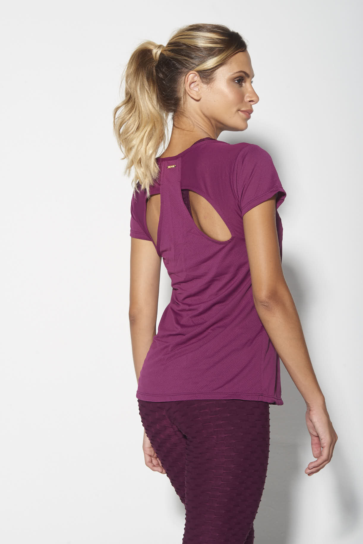 Blusa Recortada Fit Way Bordô
