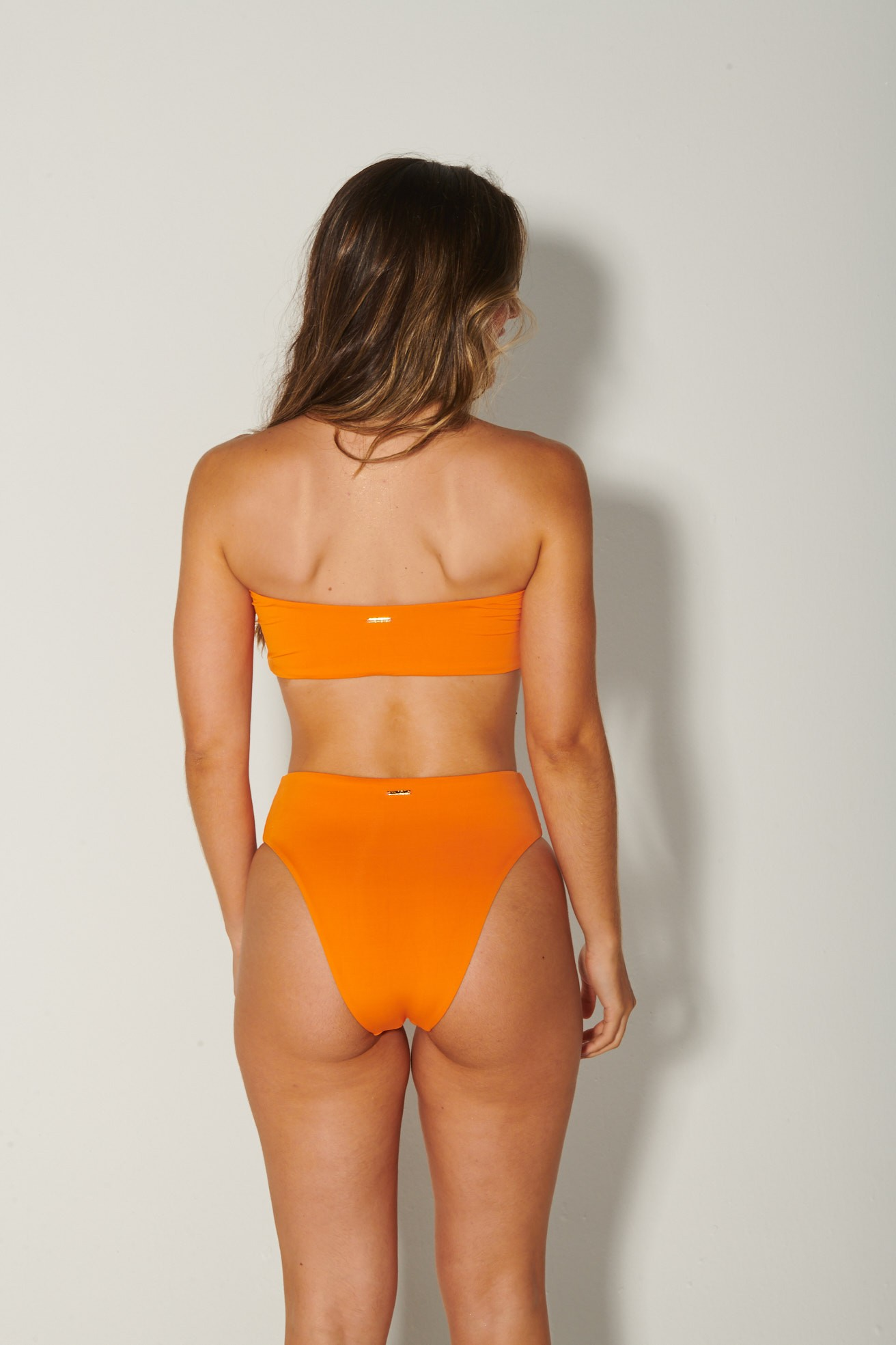 Calça Hot Pants Asa Delta Tangerina