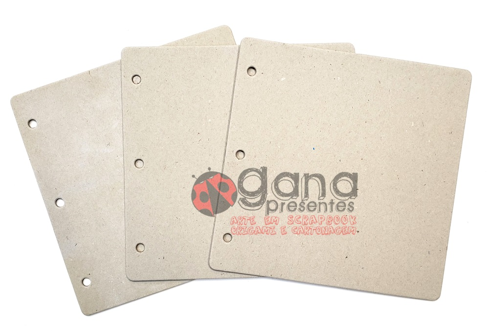 Chipboard Mini álbum 20x20cm com 3 furos 3placas