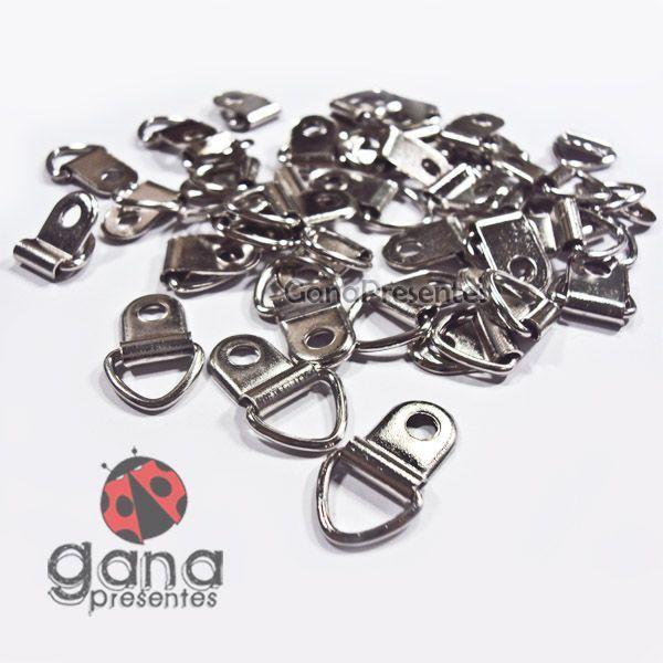 Metais - Acessório de metal Gancho Triângulo PRATA 36 unidades