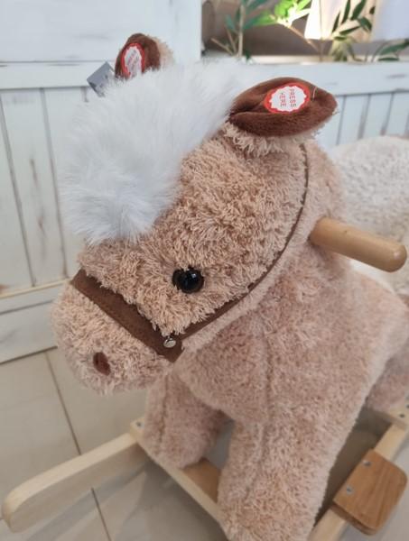 Cavalo de Balanço Musical