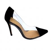 Sapato Scarpin Com Vinil Preto