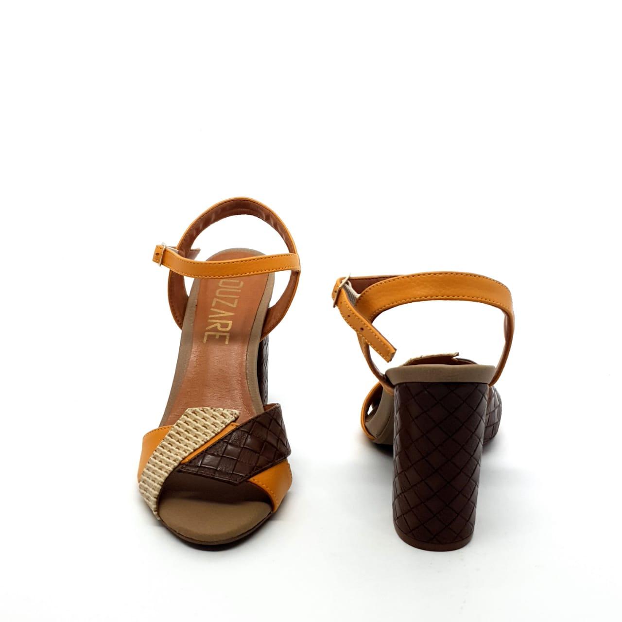 Sandália Conhaque/Creme