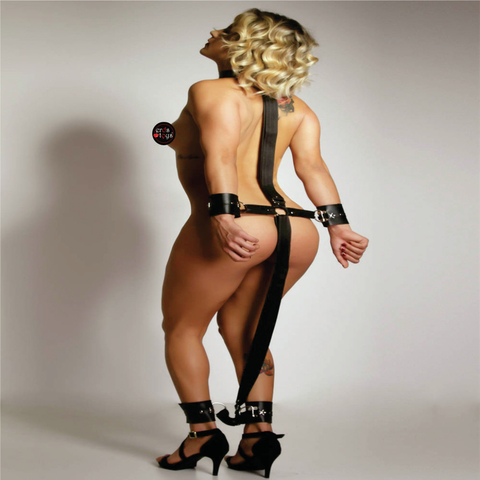 Escravo com Algema e Tornozeleira  - Fribasex - Fabricasex.com