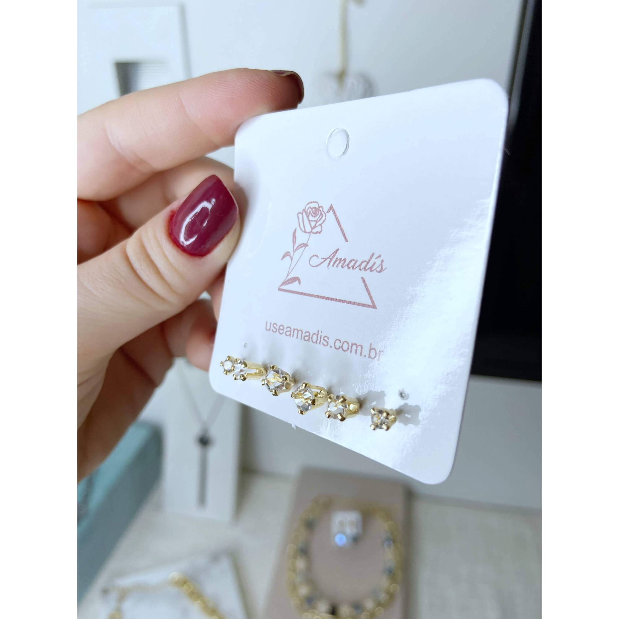 Kit de brincos Xuxa pontos de luz cristal folheado a ouro 18k