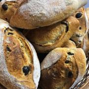Pão Azeitonas Pretas de Fermentação Natural 500g - Santiago (p/ entregas a partir de terça-feira)