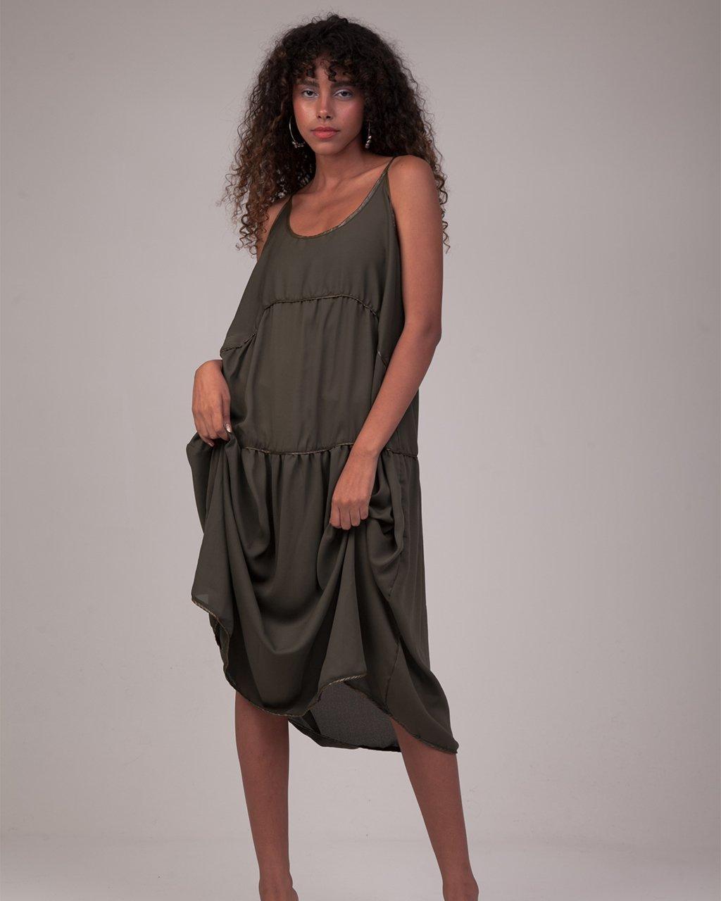Vestido Gomos Midi Crepe Verde