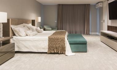 Tapete Hualopai Snow | Living Quarto Home Sala de Estar Jantar TV Corredor Personalizado Sob Medida Antialérgico Nylon Relevos Off White