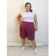 Bermuda Alfaiataria Em Viscose Roxo Plus Size