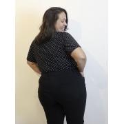 Blusa Básica de Malha Com Estampa de Poá Plus Size