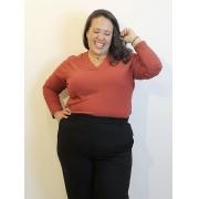 Blusa Básica Malha Canelada Decote V Telha Plus Size
