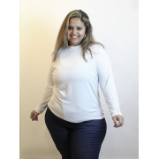 Blusa Manga Longa Com Golinha Branca Plus Size