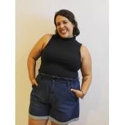 Blusa Plus Size sem Manga e Gola Alta em Malha Canelada
