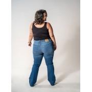 Calça Blue Jeans Boot Cut Plus Size com barra a fio