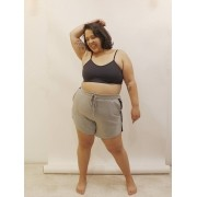 Short Jogger de Moletinho Slim Plus Size com faixa lateral