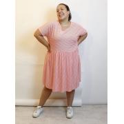 Vestido Curto Listrado Manga Curta Plus Size