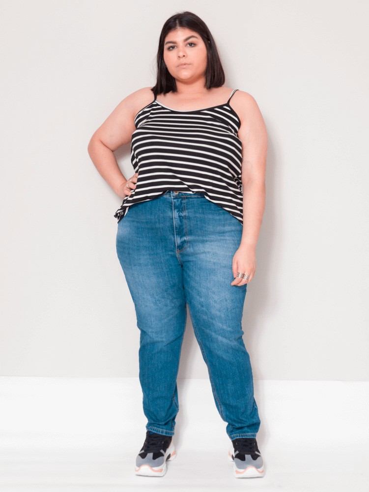 Calça Mom Jeans Plus Size Blue Jeans