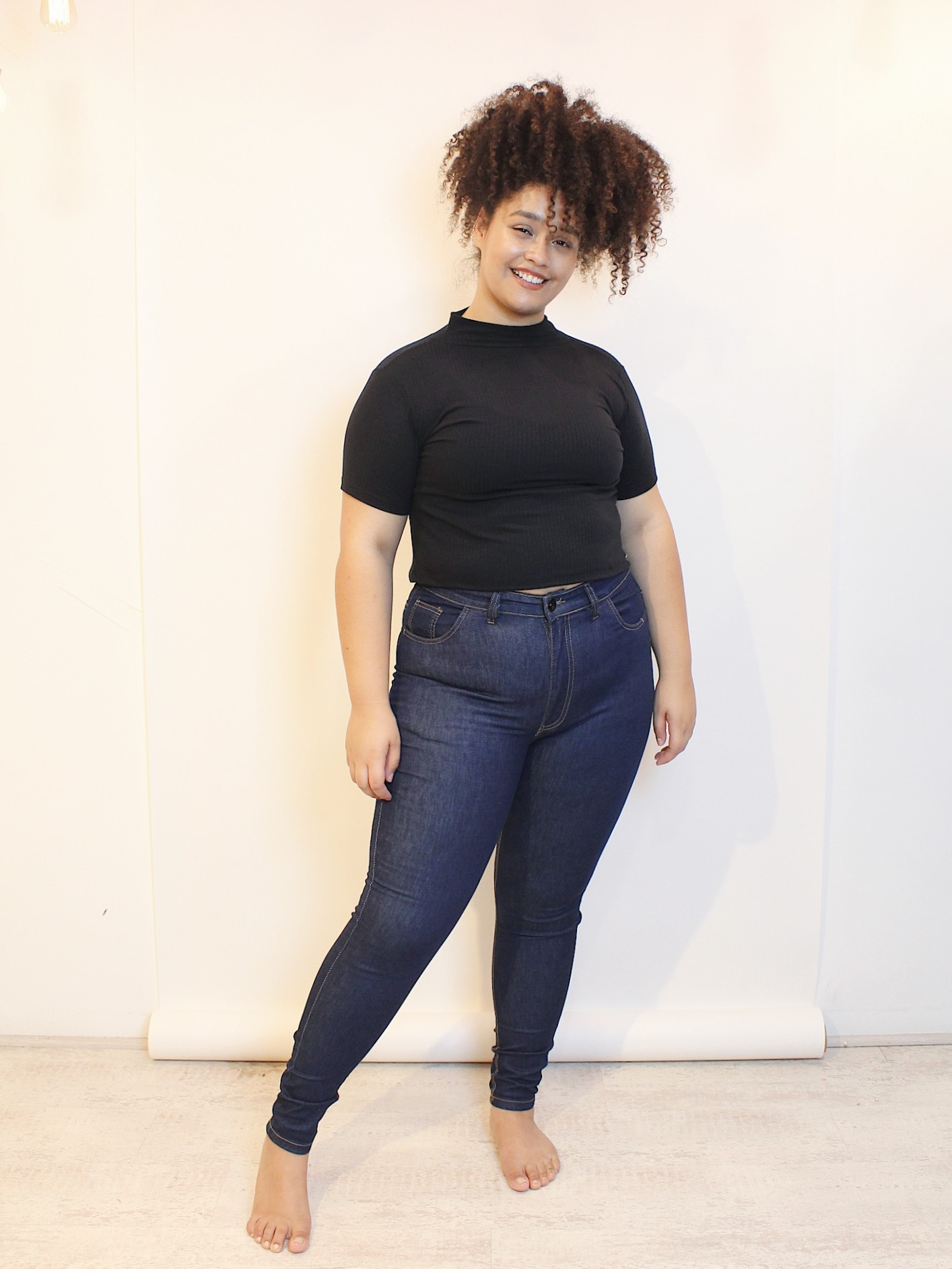 Calça Skinny Jeans Plus Size High Waisted Dark