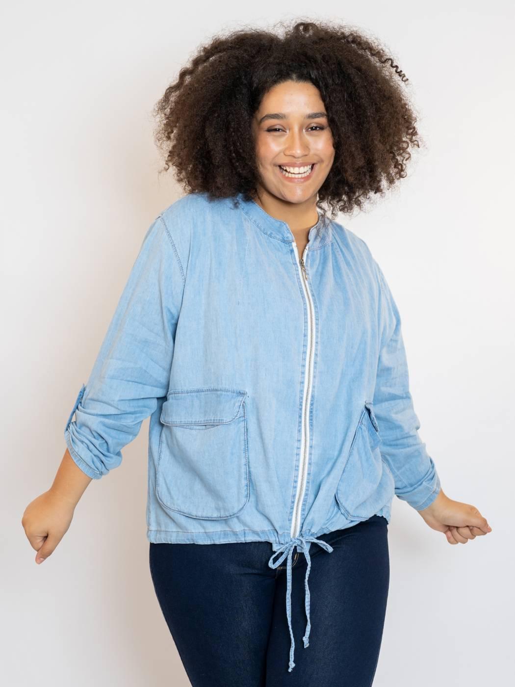 Jaqueta Bomber Jeans Plus Size