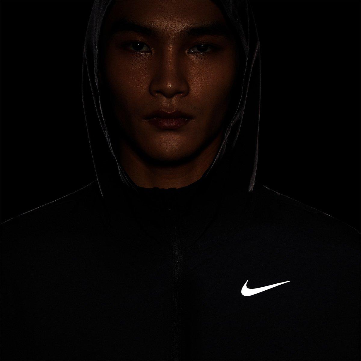 Jaqueta Nike Com Capuz Run Stripe Woven