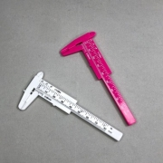 Paquímetro plástico 8cm