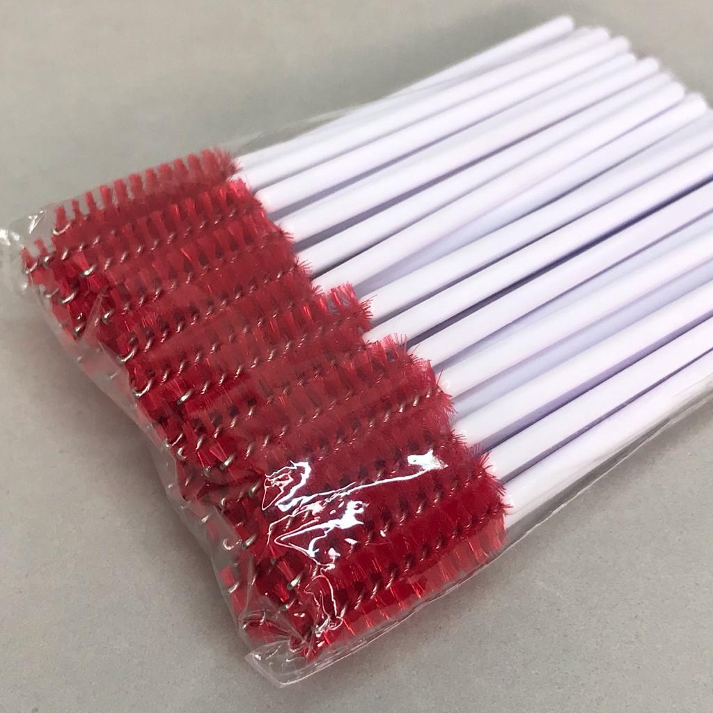 Escovinhas descartáveis para cílios e sobrancelhas c/50 - branco e vermelho