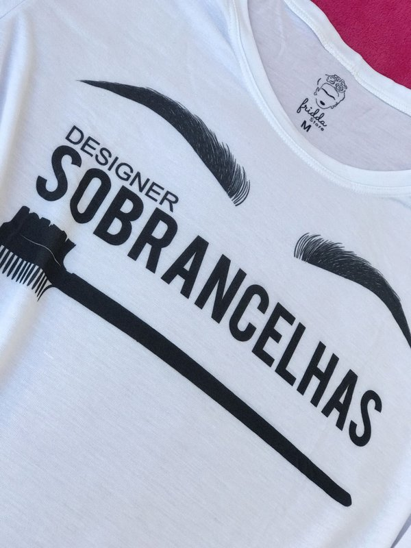 T-shirt Feminina Branca Designer Sobrancelhas - M