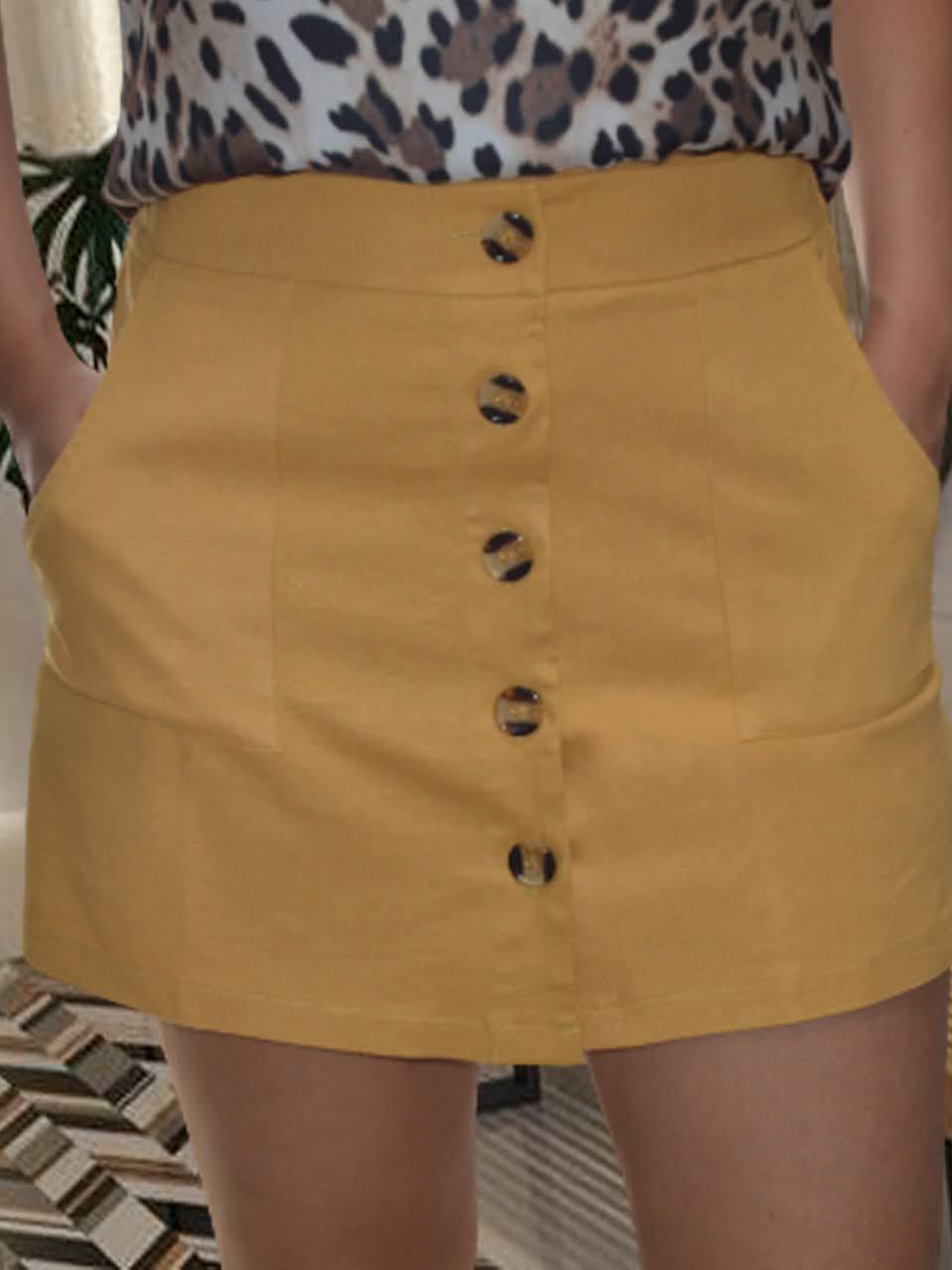 Short saia com botões