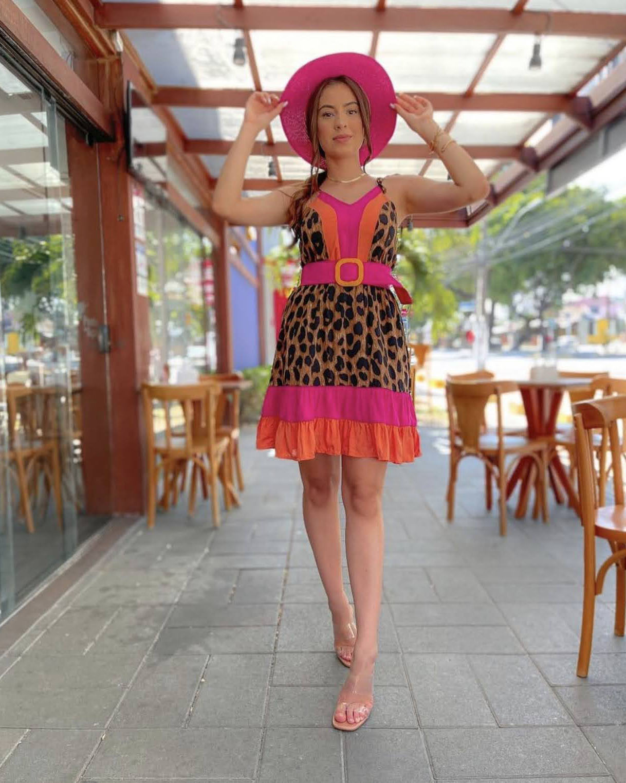 Vestido curto Onça com cinto
