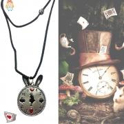 Colar Relógio Alice no País das Maravilhas