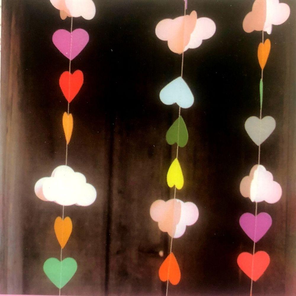 Guirlanda Dec. Nuvens e Corações-3 metros