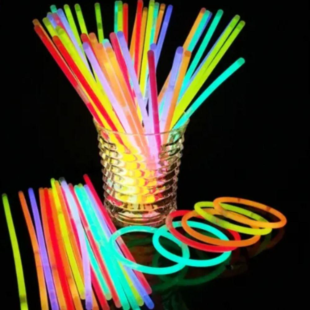 KIT c/ 25 Colar Pisca + 25 Anel Pisca + 1 Tubo de Pulseira Neon (100 unid) (Sortidos)