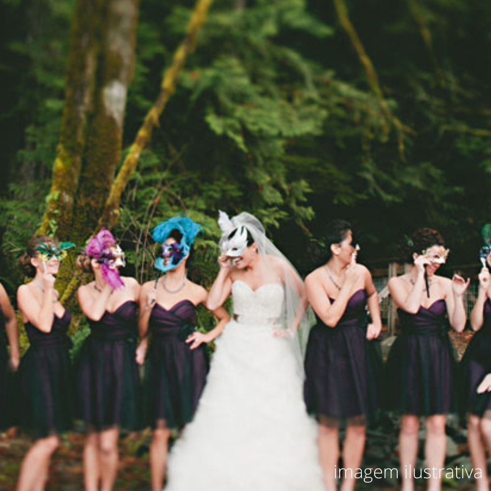 Máscara Noiva Renda Luxo