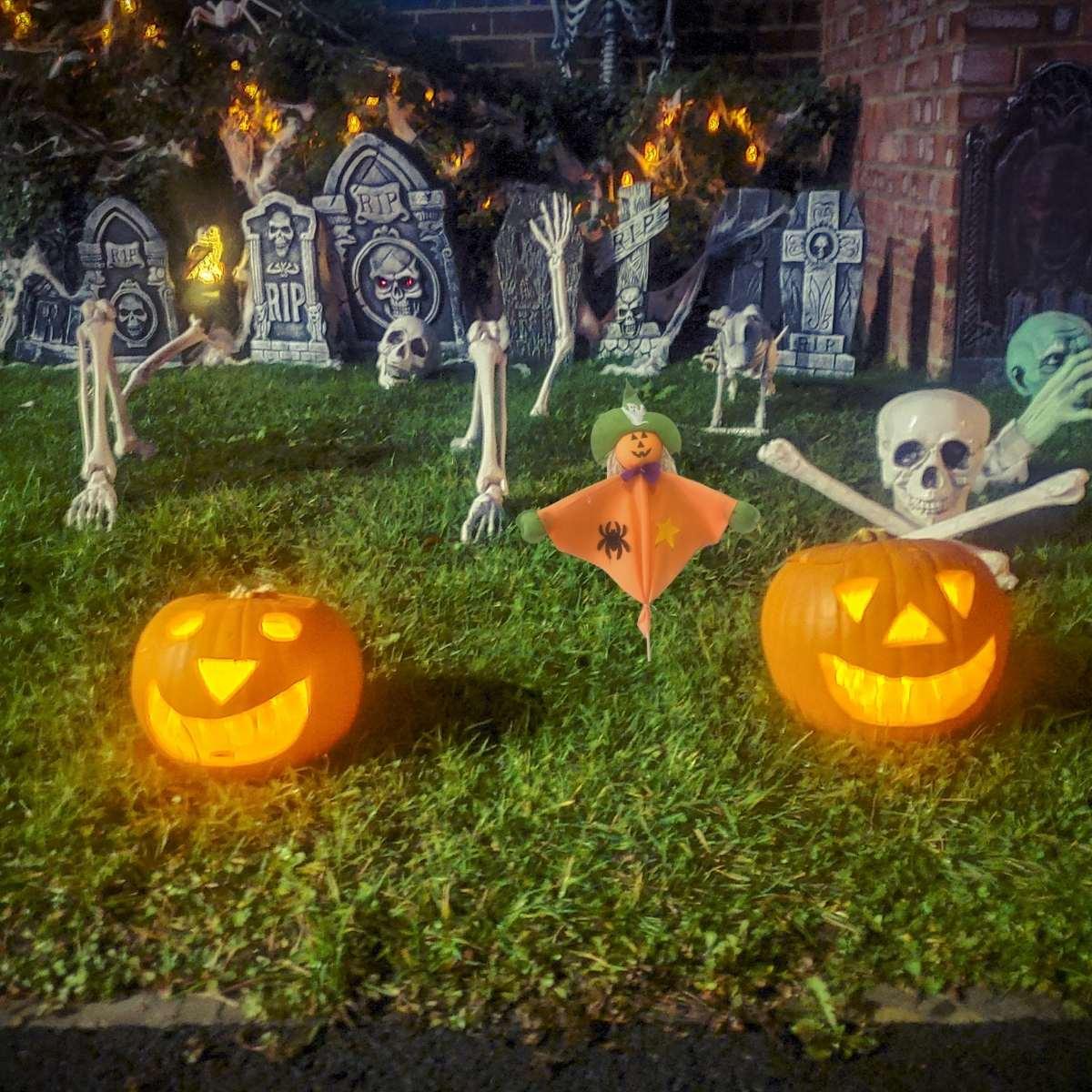 Palito Decorativo para Jardim Halloween 58cm