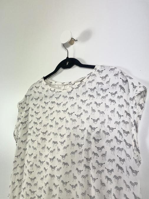 Blusa Estampa Zebra Feminina - Tamanho M