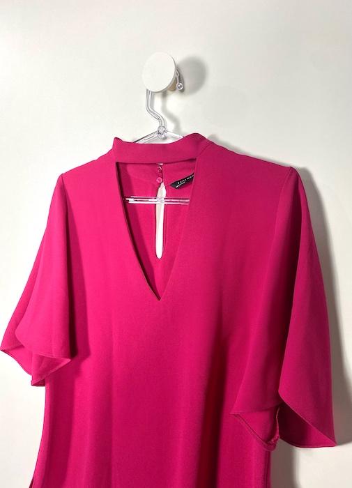 Blusa Pink Detalhe Gola Feminina - Tamanho M