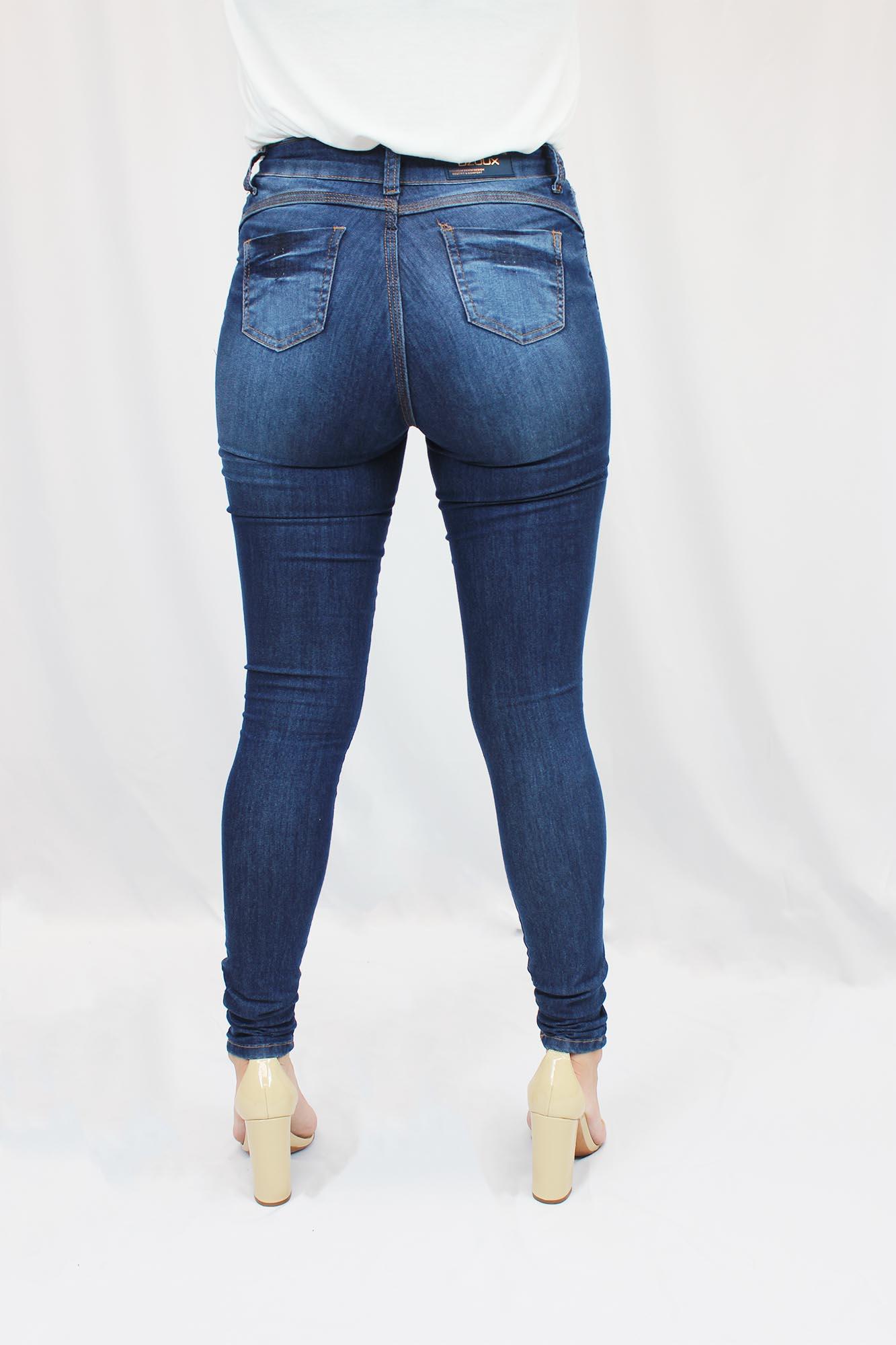 Calça Jeans Feminina - Detalhe Perna