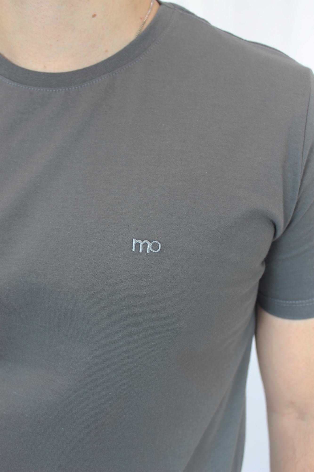 Camiseta Básica Lisa Bordado Masculina - Cinza Grafite