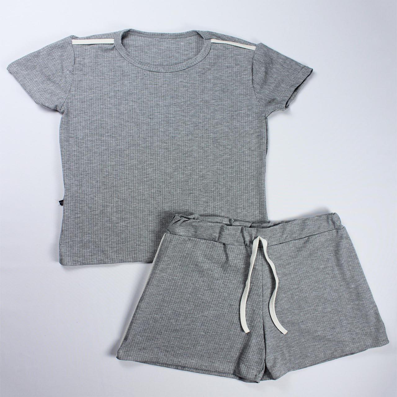 Conjunto Blusa e Short Detalhe Faixa Feminino -  Cinza Claro