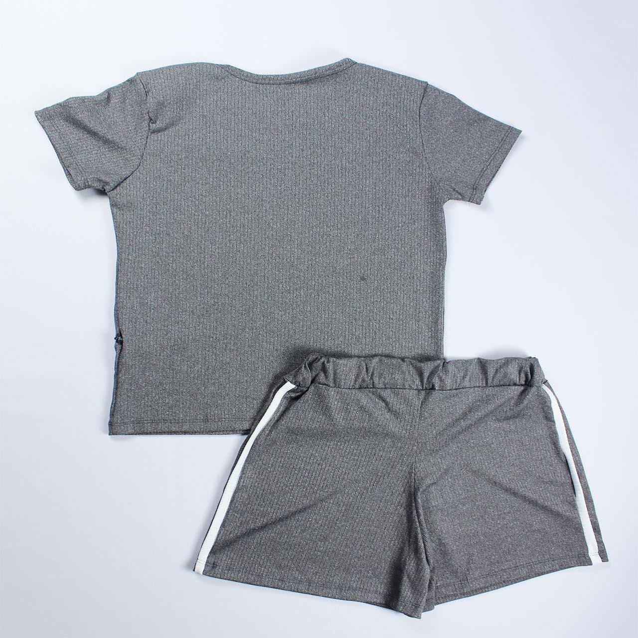 Conjunto Blusa e Short Detalhe Faixa Feminino -  Cinza Escuro