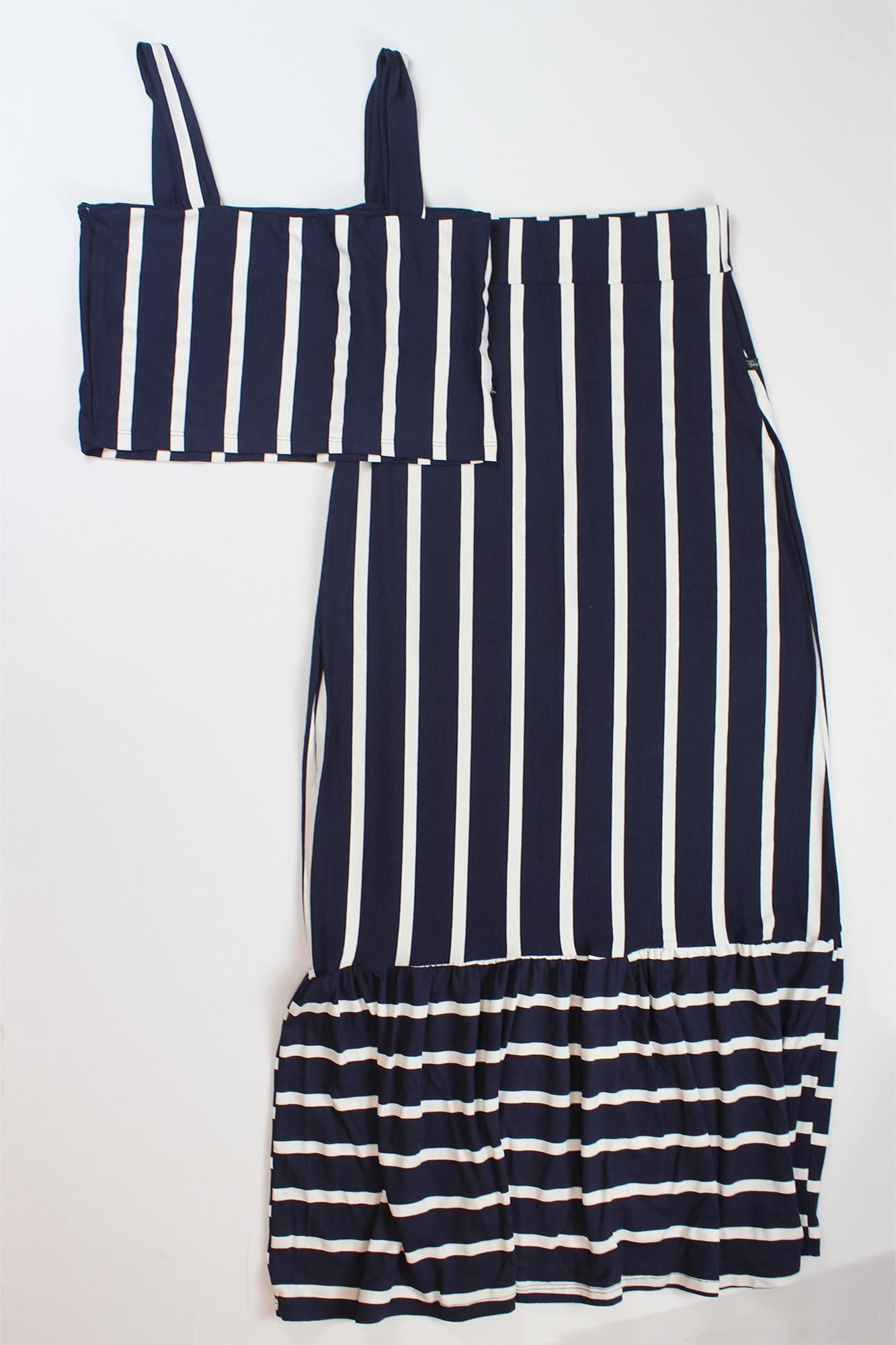 Conjunto Cropped de Alça e Saia com Botão Feminino - Azul Marinho e Branco