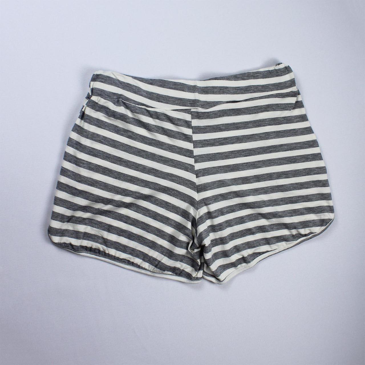 Short Viscolycra Feminina - Listrado Branco e Cinza