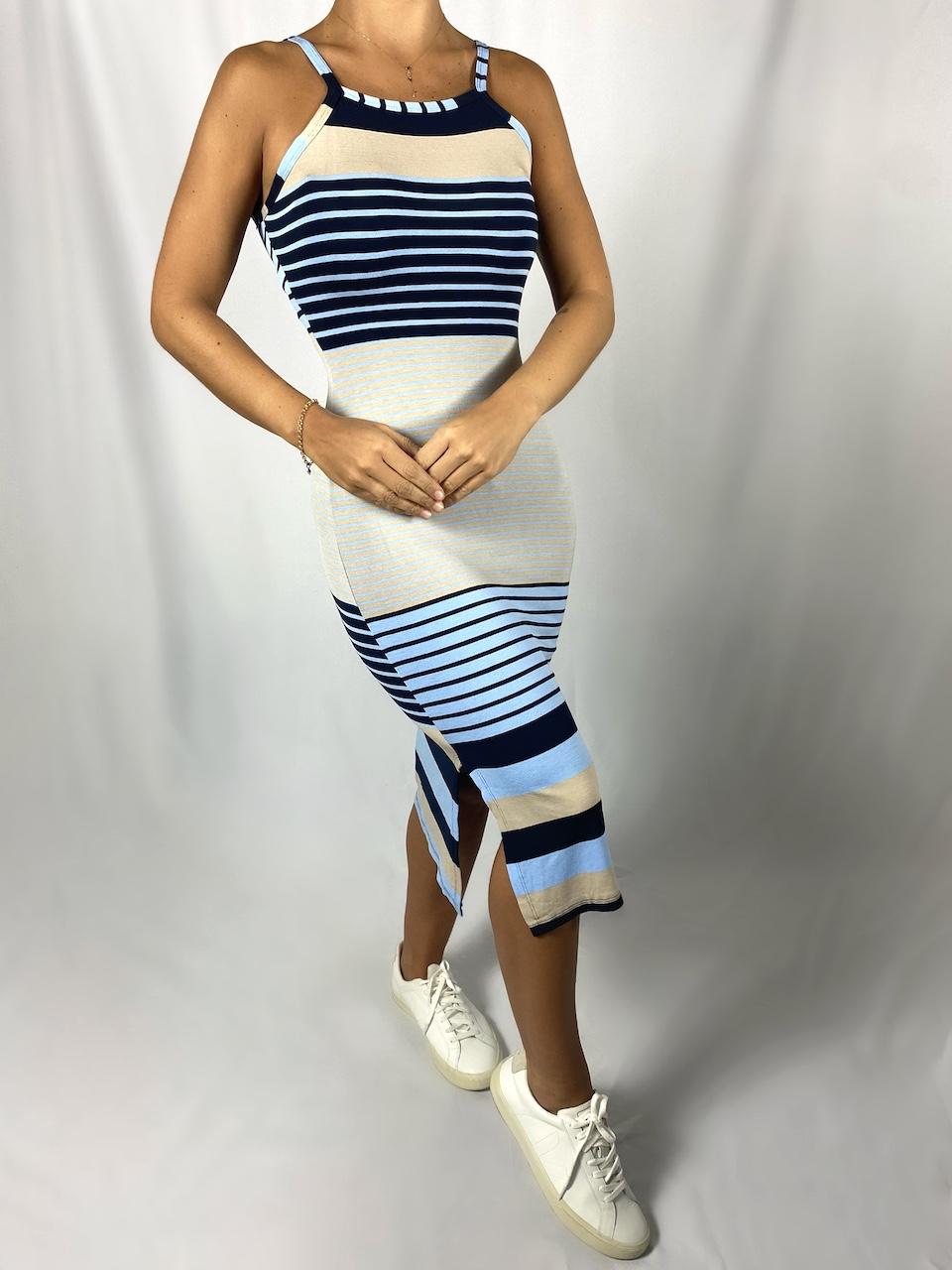 Vestido Midi Listrado de Alça sem Bojo Feminino - Preto e Azul